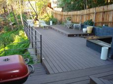 1000 sq.' on six levels; plastic and wood composite decking