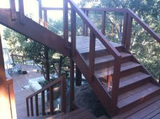 1600 sq.' of deck