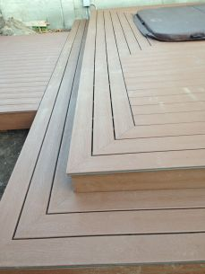 picture frame detailing makes for a clean, finished edge
